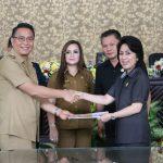Walikota Tomohon ajukan Ranperda tentang Penambahan Penyertaan Modal Kota Tomohon pada PT Bank Sulutgo