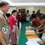 SKPD Minut Tanda Tangani Pakta Integritas dengan Bupati VAP