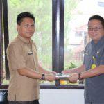 Jabatan Kabag Humas-Pro Sekretariat Daerah Kota Tomohon diserah terimakan