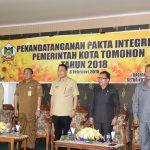 Jajaran Pemkot Tomohon teken Pakta Integritas