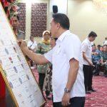 Wali Kota Dan Ketua DPRD Tomohon Tanda Tangani Komitmen Bersama Program Pemberantasan Korupsi Terintegrasi