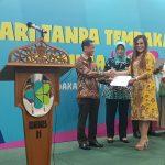 Pemkot Tomohon Terima Penghargaan Pastika Parahita