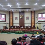 DPRD Sulut Paripurnakan Ranperda Pertanggung-jawaban Pelaksanaan APBD Sulut T.A 2017 serta Ranperda tentang  Perubahan Terhadap Perda 4/2017
