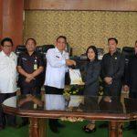 Seluruh Fraksi Setuju Ranperda Perubahan APBD T.a 2018 Ditetapkan Menjadi Perda