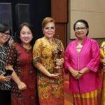 Raih Predikat Tomohon Kota Layak Anak, SAS Wakili Wali Kota Terima Penghargaan