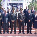 Peringatan Hari Pahlawan Pemkab Minut di TMP Maria Walanda Maramis