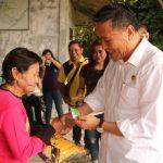 Walikota Tomohon Sertakan Petugas Kebersihan Dalam Program BPJS Ketenagakerjaan