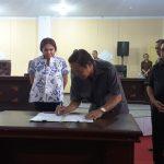 Ketua DPRD Minut Tutup dan Buka Masa Sidang Tahun Sidang V