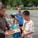 Raih Medali Perunggu Olimpiade Matematika se Asia Tenggara, Daniel Maralending Terima Penghargaan Dari Pemkab Sangihe