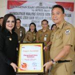 Pemkot Tomohon Terima Penghargaan Apresiasi Kepatuhan LHKPN 100% dari KPK