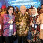 Bupati Tetty Paruntu Hadir Dalam Penyerahan Penghargaan di Kementerian Perdagangan