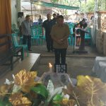 Walikota Tomohon Melayat Ke Rumah Duka Alm Telly Wusye Polii