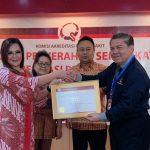 Wawali SAS terima Sertifikat Akreditasi Madya RSUD Anugerah Pratama Kota Tomohon