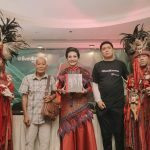 Lounching Buku 'Bumi Karema', Wenur: Buku ini Sangat Luar Biasa