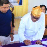 Penandatanganan MOU Antara PT PLN UP3 Tahuna Dengan Pemda Sangihe