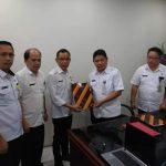 Penyerahan Permendagri 12 Tentang Batas Daerah Tomohon-Minahasa