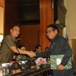 Walikota JFE Hadiri Paripurna Pemandangan Umum Fraksi, Ranperda Perubahan APBD 2019