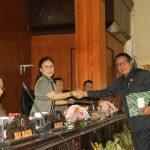 Empat Fraksi DPRD Tomohon Setuju Ranperda Perubahan APBD T.a 2019 Di Bahas Ke Tahap Selanjutnya