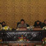 Pimpinan Definitif DPRD Kota Tomohon Di Umumkan