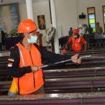 Cegah Penyebaran Virus Corona, Pemkot Tomohon Lakukan Penyemprotan Disinfektan Di Tempat-tempat Ibadah Se Kota Tomohon