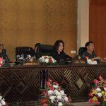 JFE Hadiri Paripurna DPRD Tanggapan Walikota Terhadap Pemandangan Umum Fraksi-fraksi Mengenai Ranperda APBD Tomohon 2019
