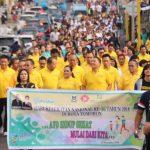 Peringati Hari Kesehatan Nasional Ke-54, Walikota Dan Jajaran Pemkot Tomohon Jalan Sehat Bersama.