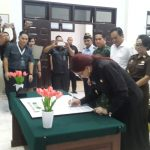 Bupati VAP Tandatangan Deklarasi Pencanangan Zona Intergritas dan WBBM